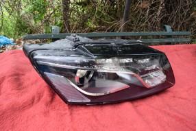 Audi Q5 2009 десен